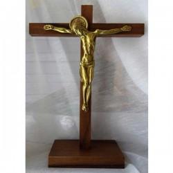 Croix sur socle
